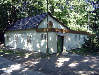 Das Schützenhaus war früher ein Umwerfhaus. (Foto: Kölle, September 2005)