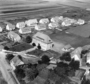 Luftaufnahme der Wallenser Schule
